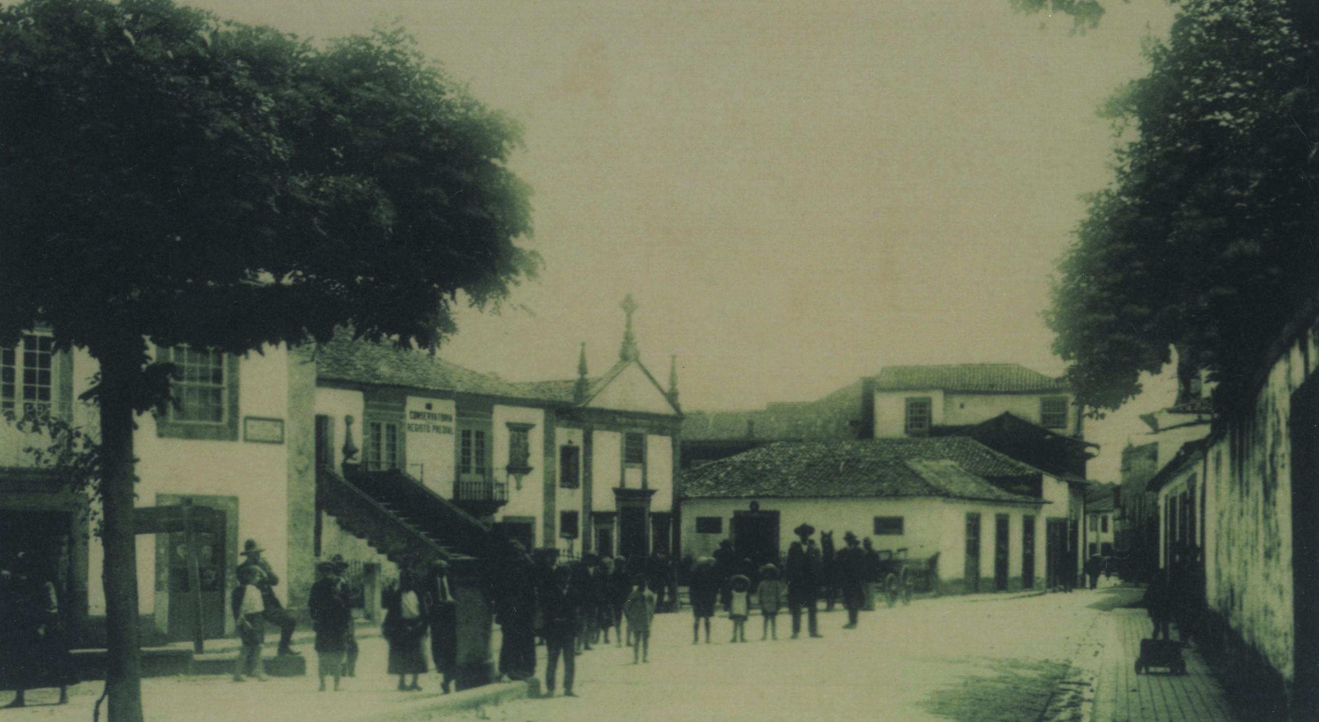 Largo 5 de Outubro, actual Praça da República (1932)
