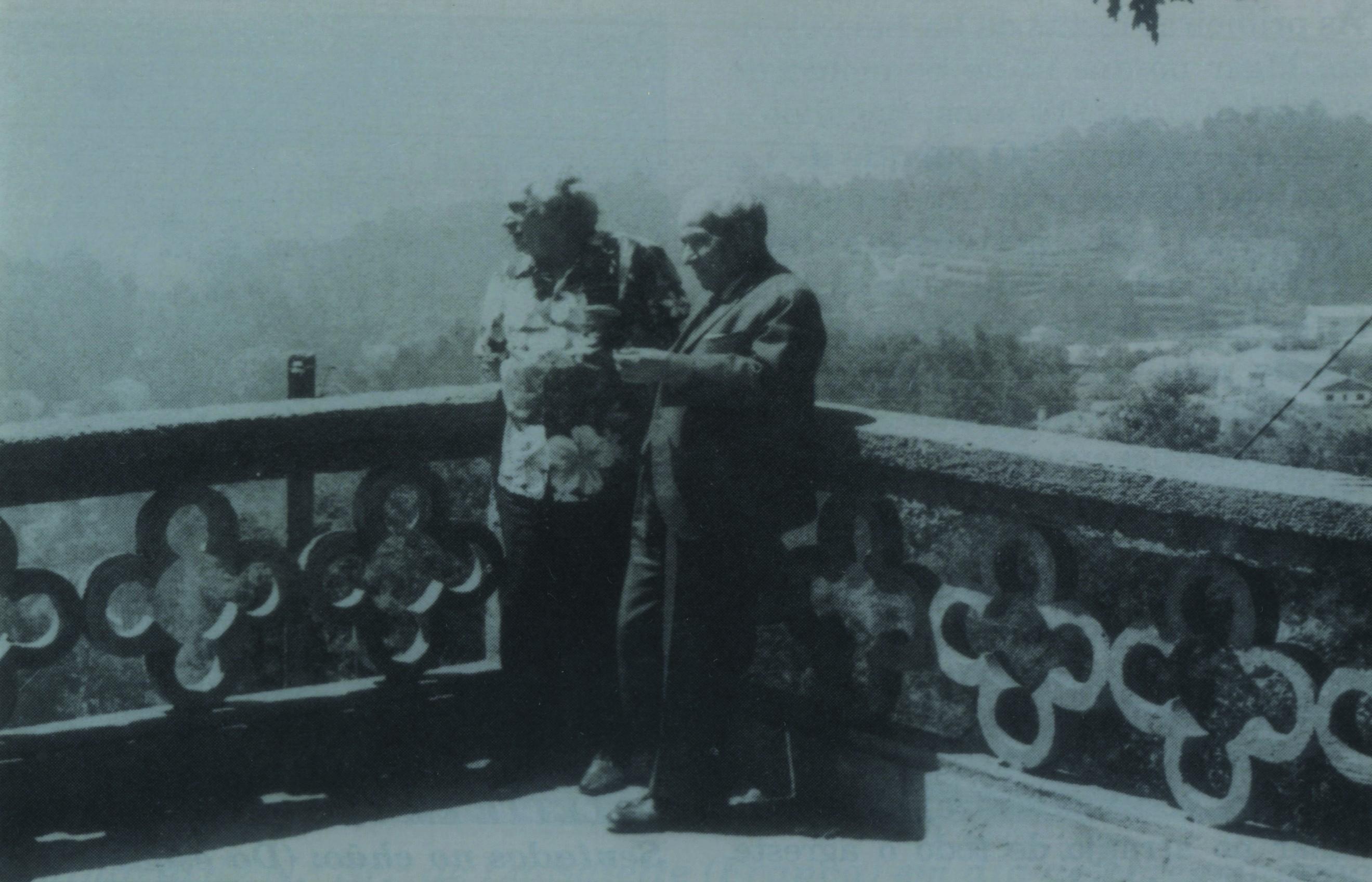 Ferreira de Castro e Jorge Amado no Parque de La Salette (1973)
