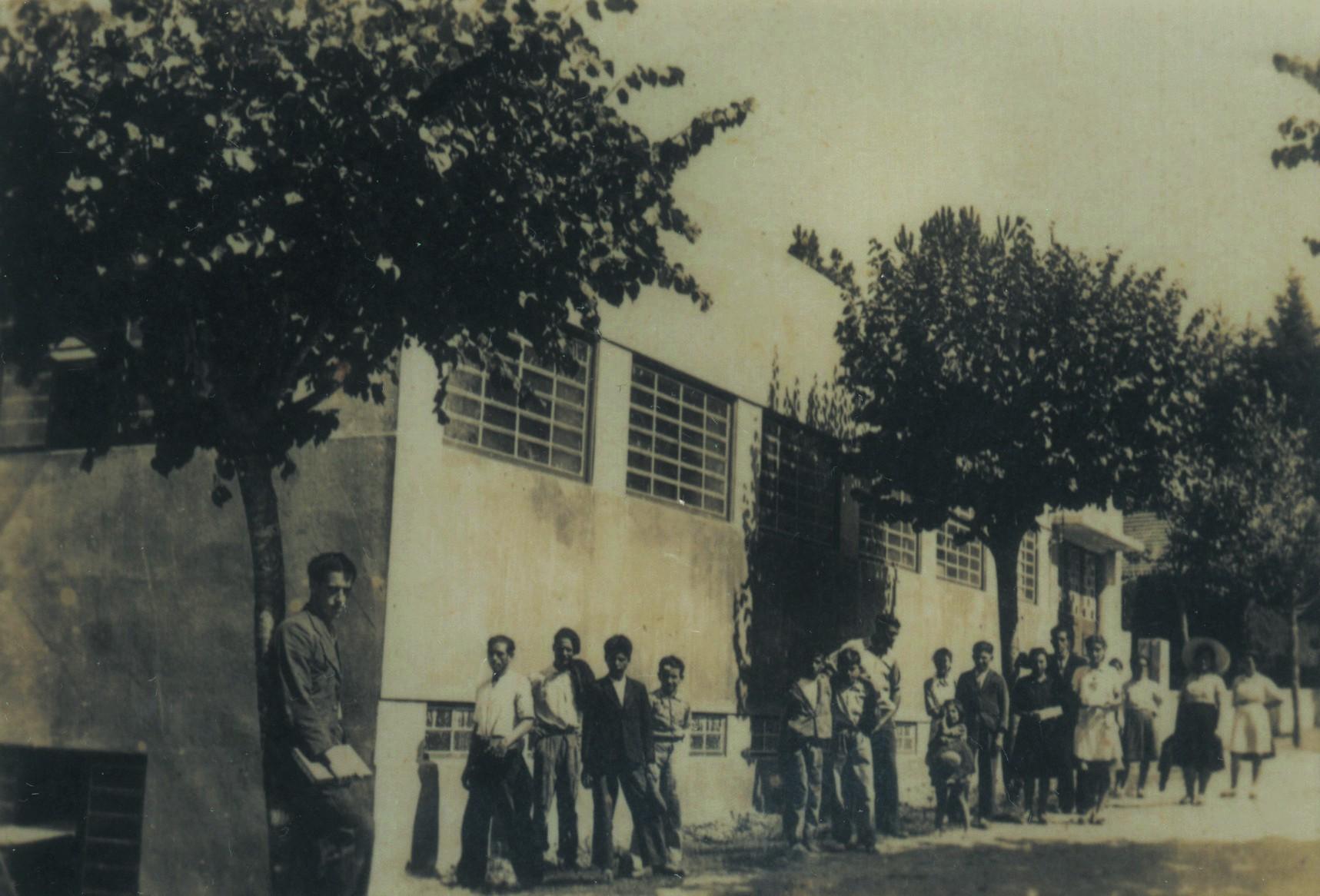 Fábrica de vidros Sival, La Salette (1944)
