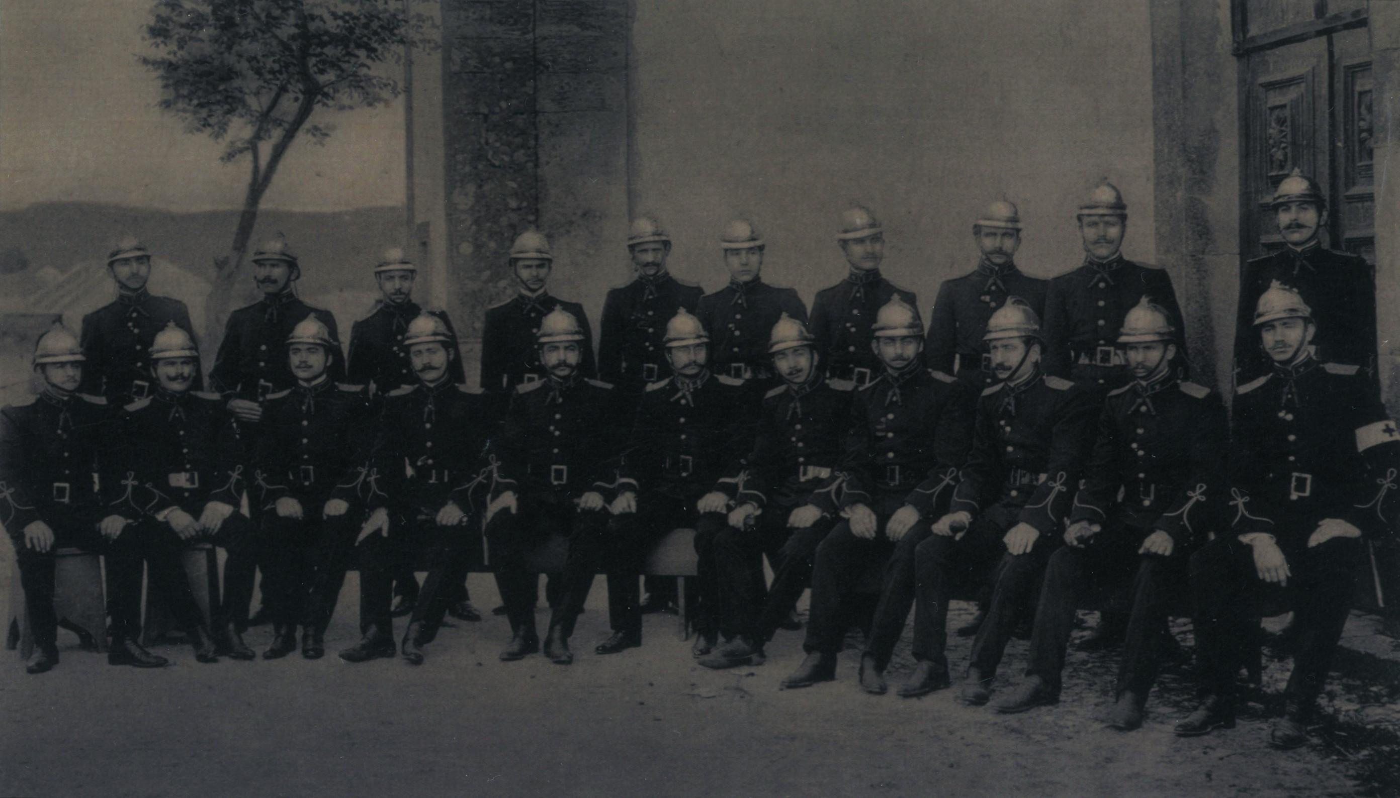 Primeiro corpo activo dos bombeiros voluntários (1906)