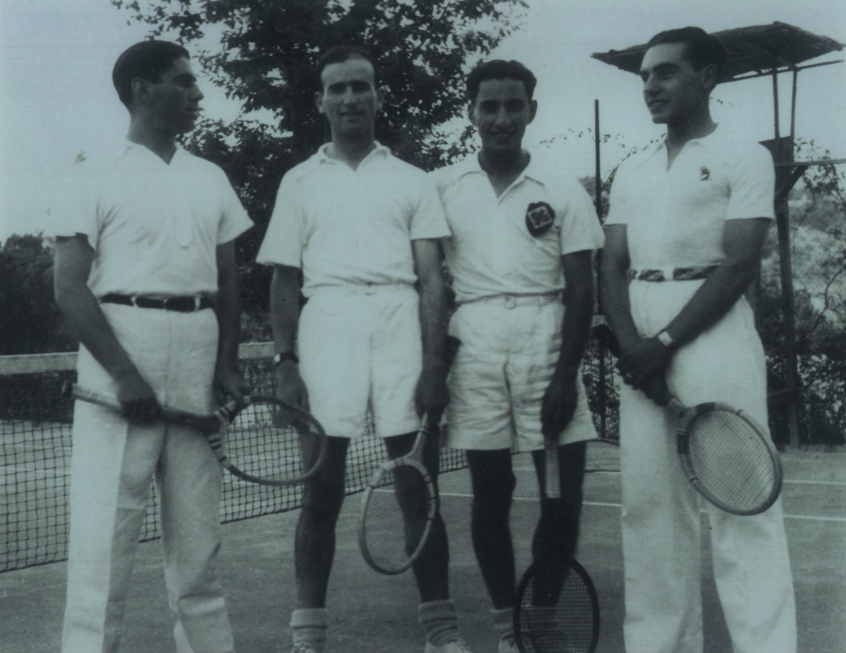 Primeira equipa de ténis da União Desportiva Oliveirense (1939)