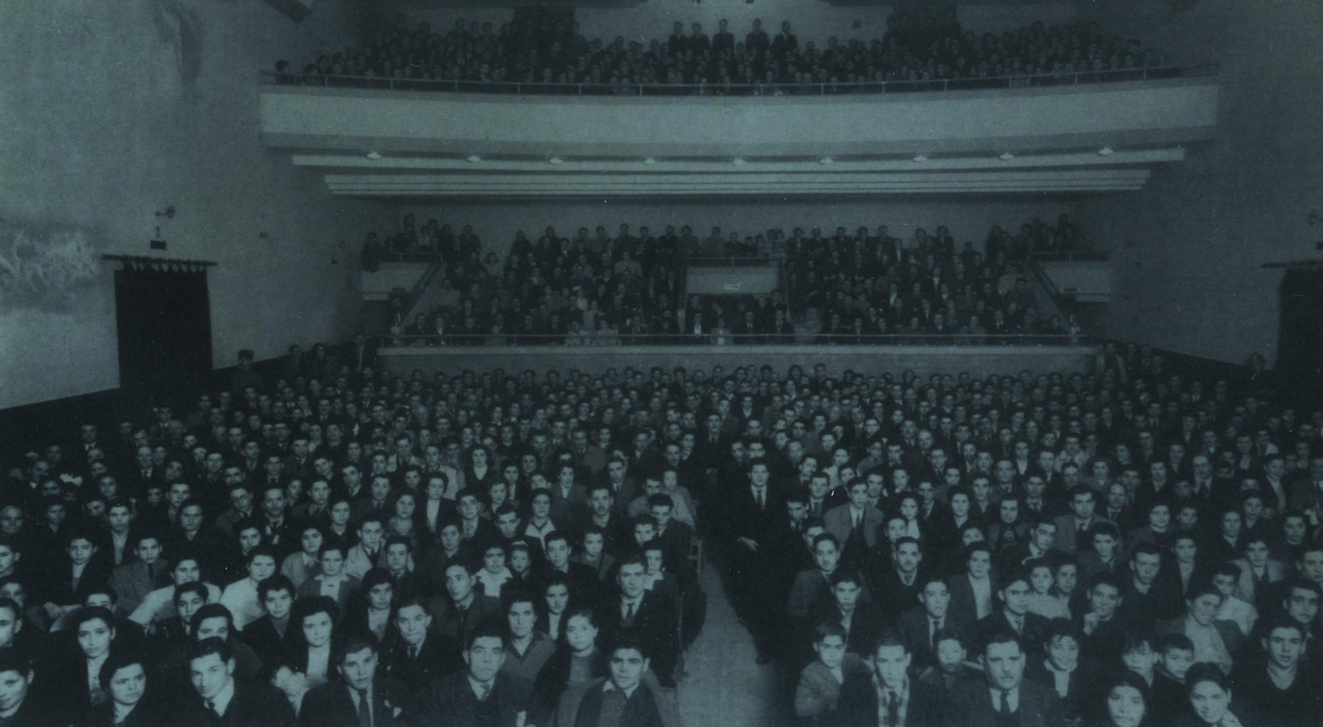 Interior do Avenida Cine (1947)