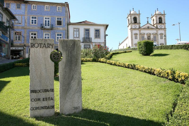 Espaço envolvente à igreja matriz de Oliveira de Azeméis