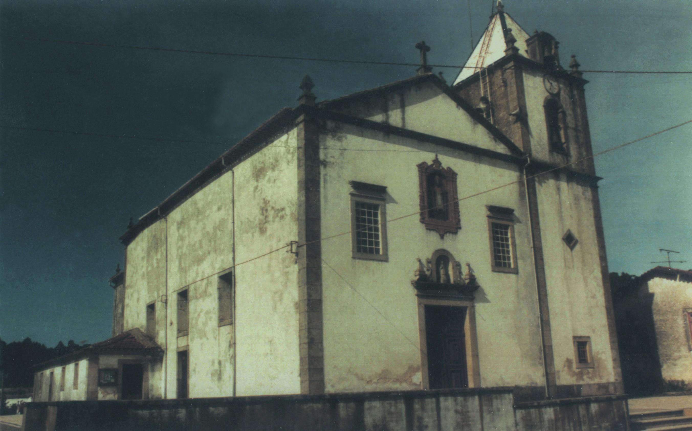 Igreja matriz de Fajões (1984)