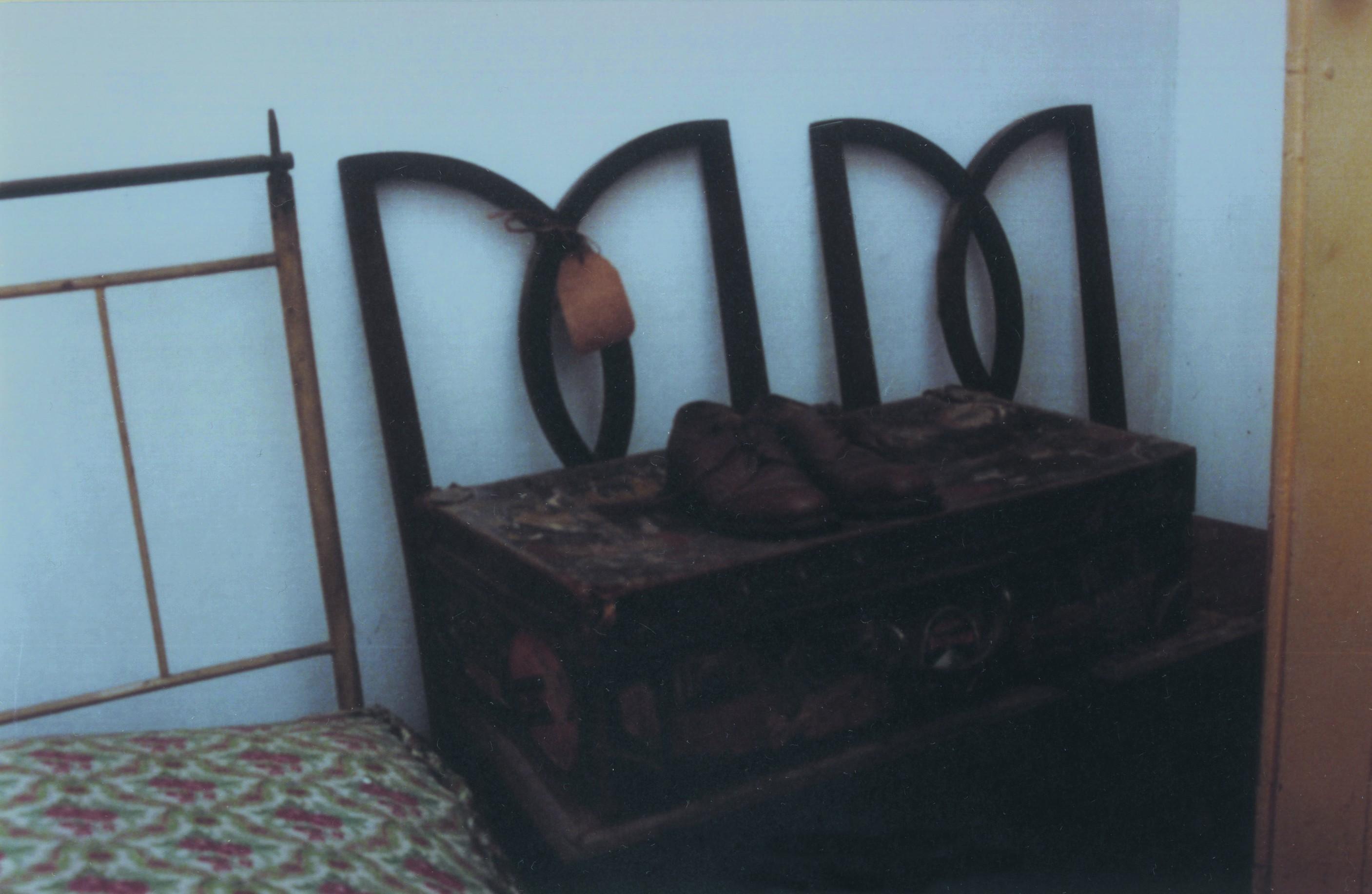 Mala e sapatos de viagem de Ferreira de Castro, Ossela (Anos 90)