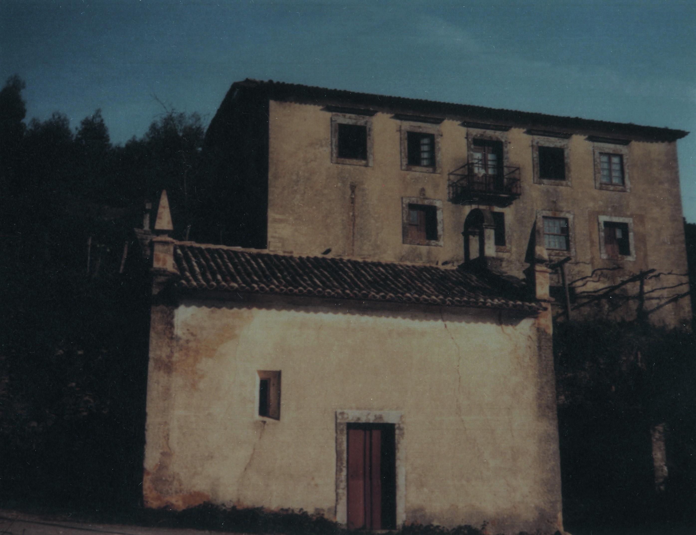 Capela e solar da fonte Chãs, Pinheiro da Bemposta (1998)