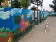 Pintura do muro da EB1 de Macieira de Sarnes
