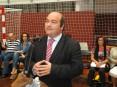 Hermínio Loureiro, presidente da autarquia, garante que o município nao vai «cortar» nos apoios sociais apesar da crise