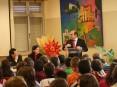 Presidente da Câmara Municipal de Oliveira de Azeméis, Hermínio Loureiro, numa acção de sensibilização dos alunos da EB 2,3 D. Frei Caetano Brandão sobre as vantagens de estilos de vida saudáveis