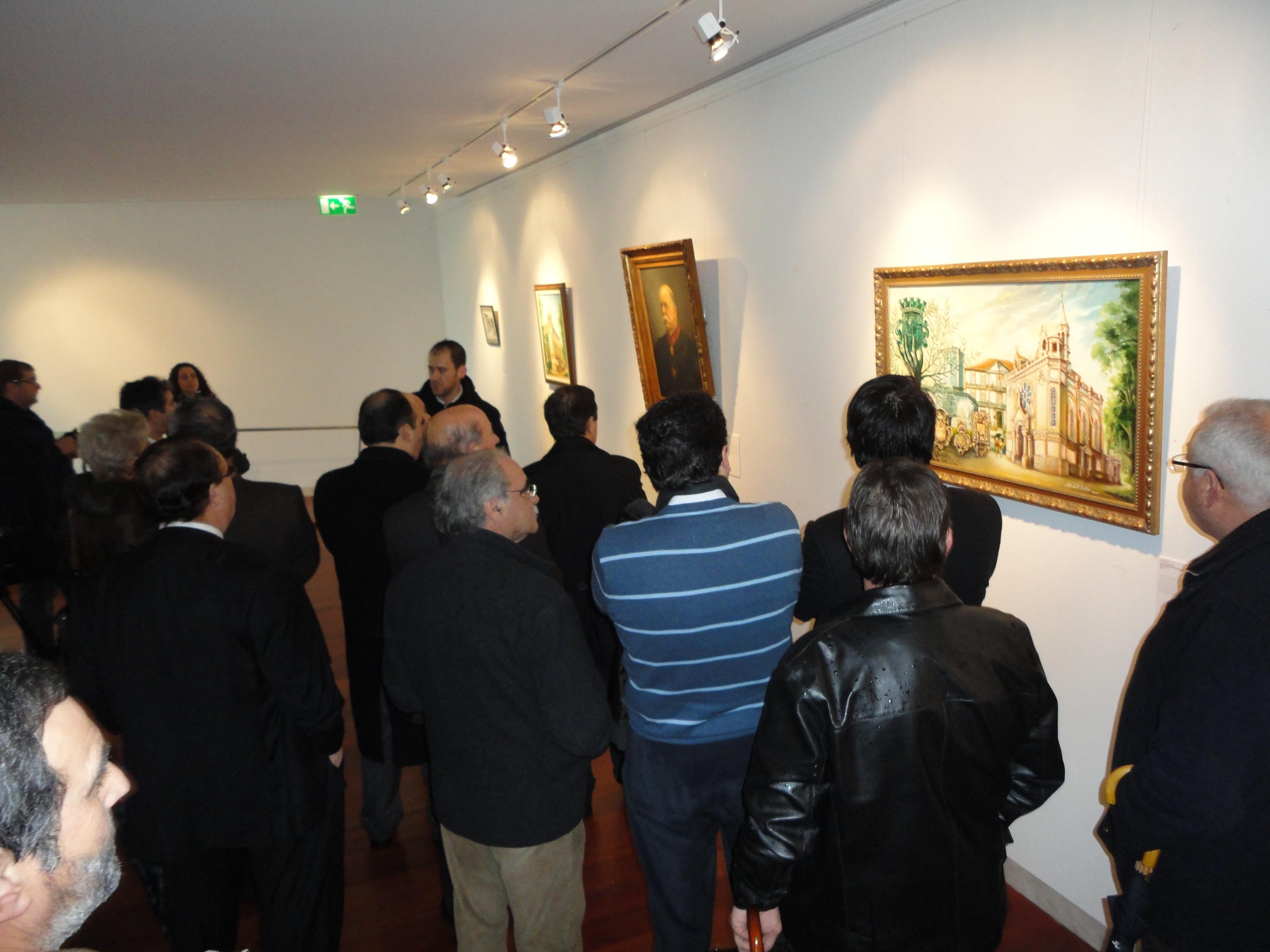 Exposição «Espólio Artístico do Município de Oliveira de Azeméis» patente na galeria Tomás Costa