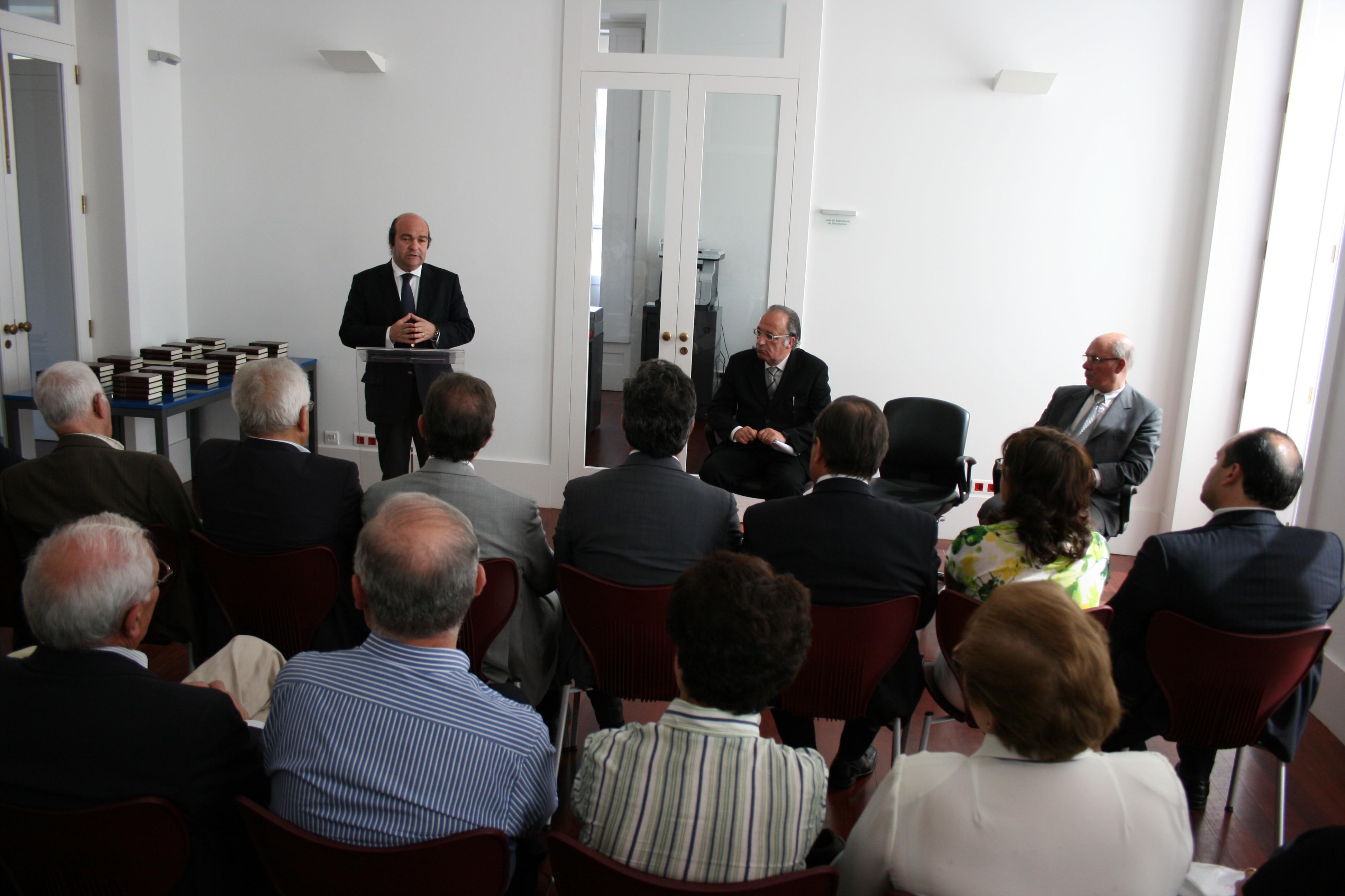 A evocação do passado, associada às capacidades dos oliveirenses, foram exaltadas no 27º aniversário de elevação de Oliveira de Azeméis a cidade