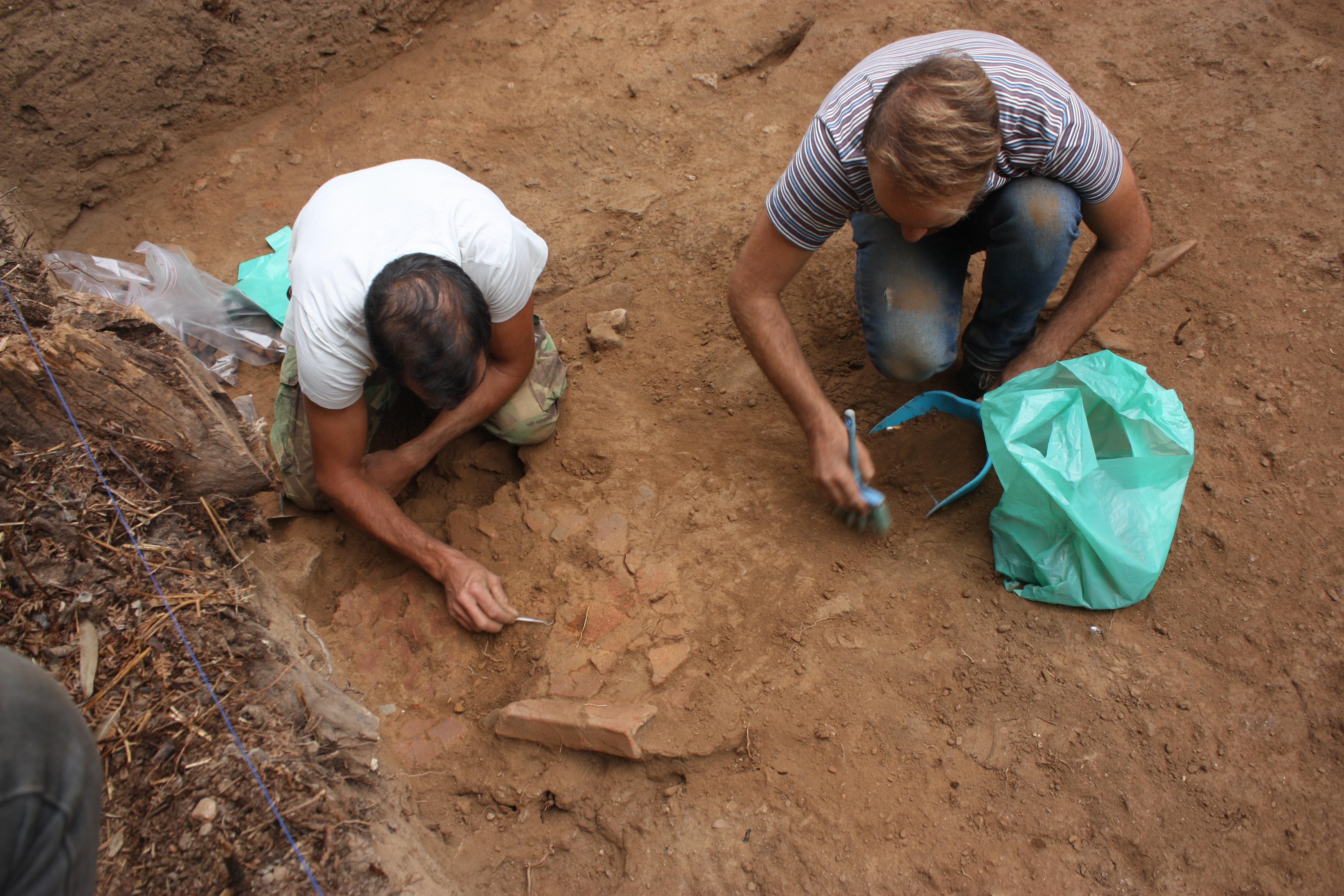 Escavação dos fragmentos