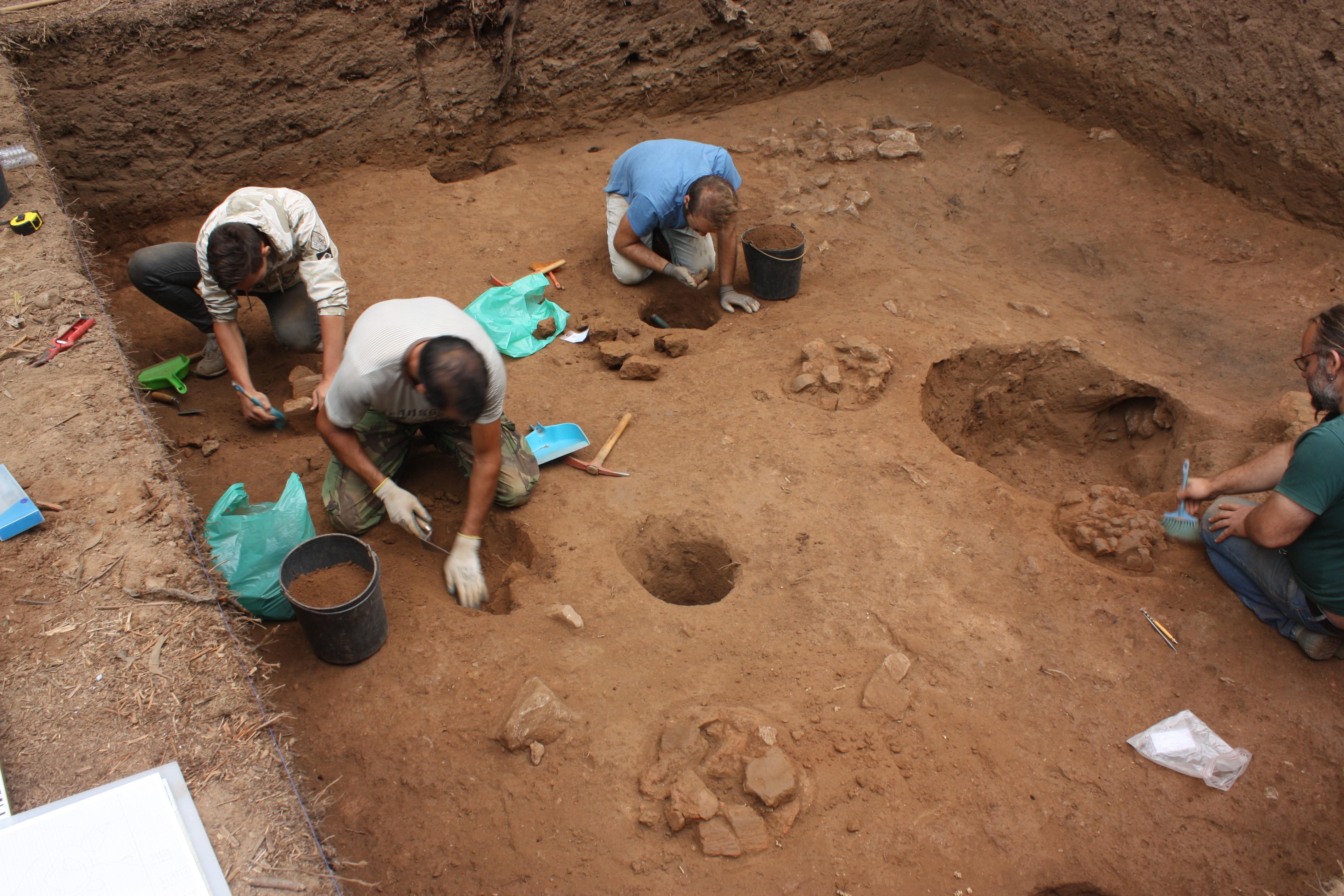 Escavação das estruturas